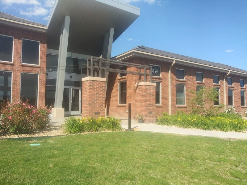Commercial-Window-Washing-Roxborough-Park-CO