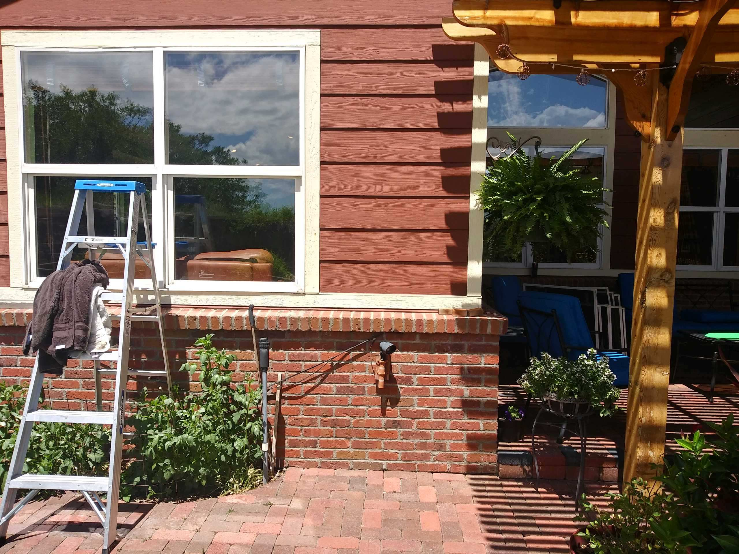 Home-Window-Cleaner-Roxborough-Park-CO